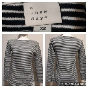 A .new day |  ribbed blk&wt stripe boat neck top